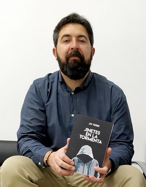 Sobre mí: JM Ferri, autor de Jinetes en la Tormenta
