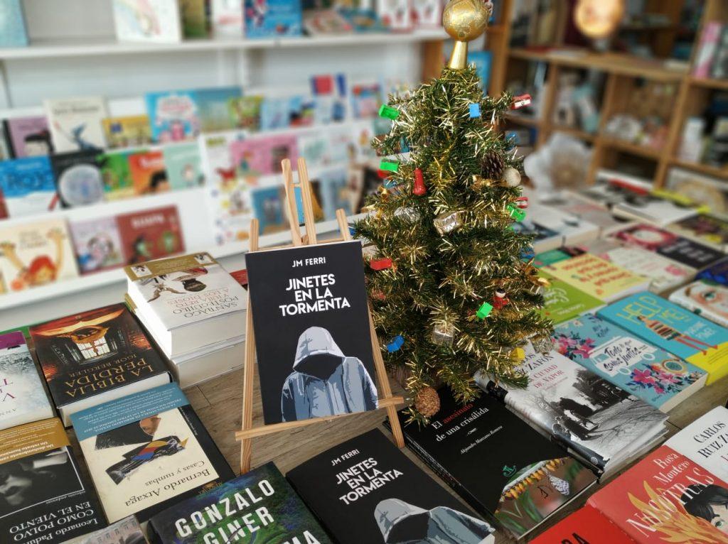 Jinetes en la Tormenta en Librería De Papel, El Campello, Alicante